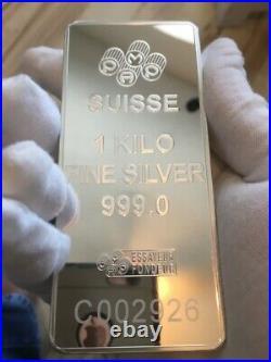 PAMP Suisse Lady Fortuna. 999 Fine Silver Kilo Bar Assay/Plastic Case